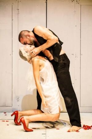 """Foto di scena di """"Le mille e Una Notte"""", al Teatro Sala Fontana di Milano"""
