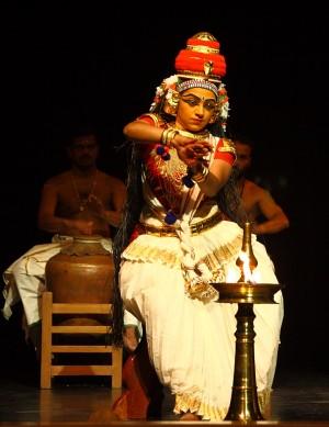 Foto: Kapila Venu, India, in scena il 7 e 8 ottobre 2015presso il CRT Teatro dell'Arte di Milano