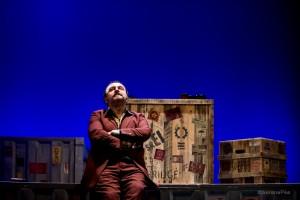 """Foto di scena: Natalino Balasso ne """"La Cativissima"""" , al Teatro menotti di Milano fino a domenica 6 dicembre 2015"""