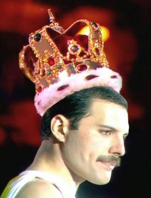 Foto: Freddie Mercury (Zanzibar 5 settembre 1946 – Londra 24 novembre 1991)