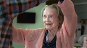 Foto: frame del film © Une jeune fille de 90 ans