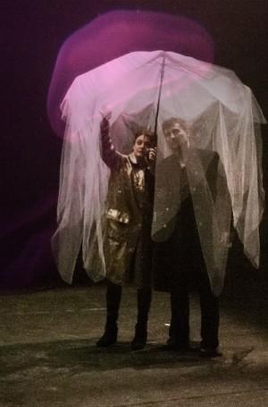 Foto di scena: L'imperatore della sconfitta, Elena Arvigo e Marco Vergani, spettacolo andato in scena al Teatro Out Off di Milano dal 16 al 27 maggio 2017