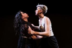 Foto di scena: Un salto in cielo – Brechtsuite, da sin. Francesca Gemma e Andrea Mirò - Prossimamente al Teatro Menotti di Milano dal 5 al 15 ottobre 2017