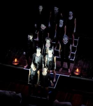 Foto di scena: Teatro Valdoca, Giuramenti, in stagione al Teatro Vascello di Roma