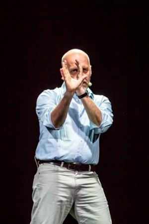 Foto di scena: Le avventure di Numero Primo, Marco Paolini, al Piccolo Teatro Strehler di Milano dal 28 novembre al 10 dicembre 2017