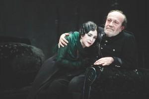 Foto di scena: Danza macabra - Adriana Asti, Giorgio Ferrari, al Teatro Elfo Puccini di Milano dal 2 all'11 marzo 2018