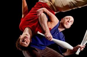 Foto di scena: Dittico di circo contemporaneo, Compagnia Lazuz, al Teatro Gerolamo di Milano sabato 17 e domenica 18 marzo 2019