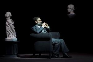 Foto di scena: Freud o l'interpretazione dei sogni, Fabrizio Gifuni, fino a domenica 11 marzo 2018 al Piccolo Teatro Strehler di Milano